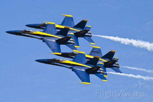 McDonnell Douglas FA-18 Hornet — - The U.S. Blue angels do a diamond pass at Tuscaloosa Regional Airport.
