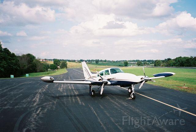 Cessna 310 (N310TM)