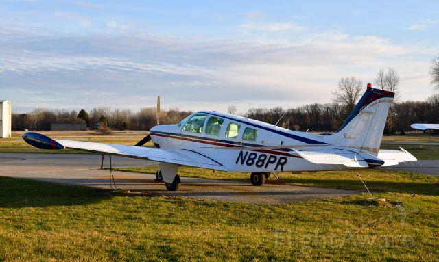 Beechcraft Bonanza (36) (N88PR) - BEECH A36 N88PR in Toledo Suburban
