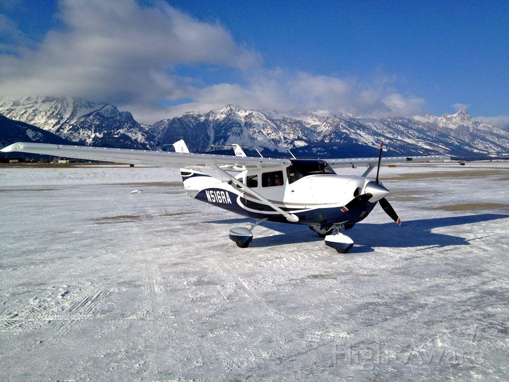 Cessna 206 Stationair (N516RA) - Jackson Wyo Grand Tetons in the background