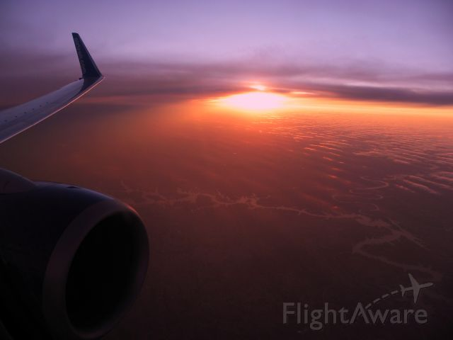 Boeing 737-700 (N299AT) - Heading north from ATL to PIT on flt 990 with a beautiful sunset to the west