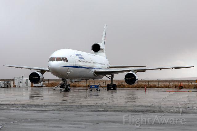 Lockheed L-1011 TriStar (N140SC) - The last airworthy Tri-Star, sitting in some rare Desert rain! <br />https://www.airliners.net/photo/Northrop-Grumman/Lockheed-L-1011-385-1-15-TriStar-1/6360319?qsp=eJwtjDEKAkEMRe%2BS2kYEi%2B3UThAtvEBIPrq4OkMScIdl724Y7B7vf95CUj6BOe6tggZysMmTNlTZ%2BO00LPRC%2BxbTZDqdLwUOy92LxbGlUw4cRFAD%2BvdX0/zkBJeeemR6mwC7dabdPr2OXifuDQSPE63rD7a5L5M%3D