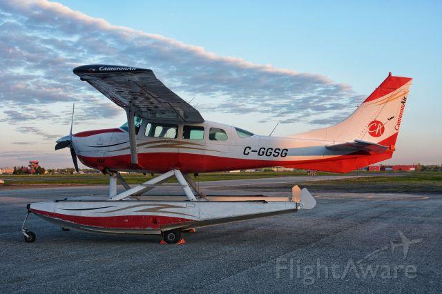 Cessna 206 Stationair (C-GGSG) - Visiting CYHU on 14-05-2021