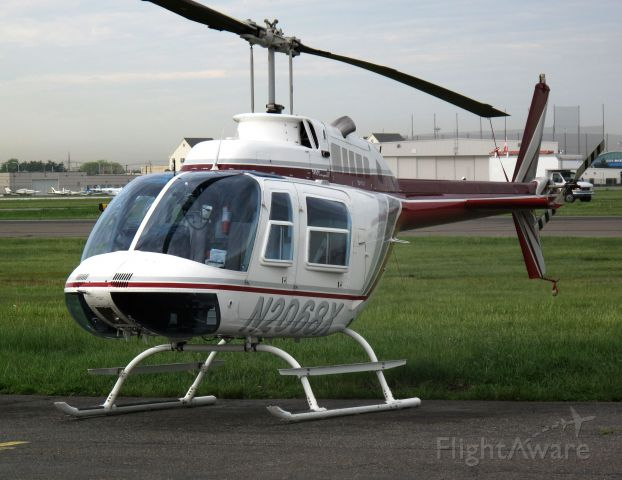 Cessna Skylane (N2068X)