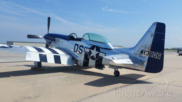 North American P-51 Mustang (41-3806)