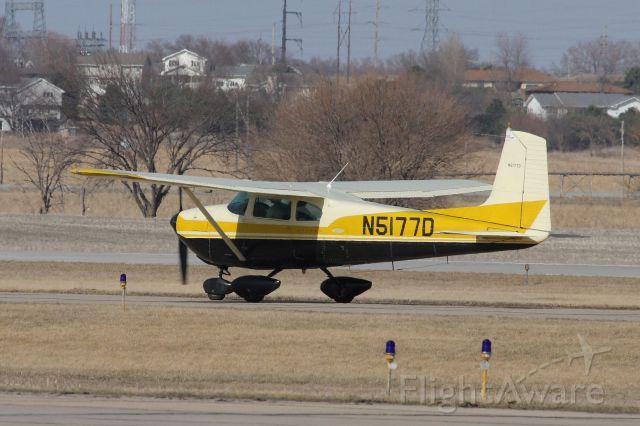 Cessna Skylane (N5177D)