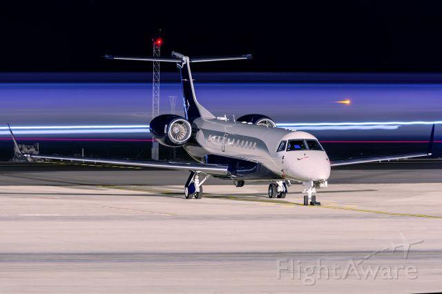 Embraer ERJ-135 (OK-OWN)