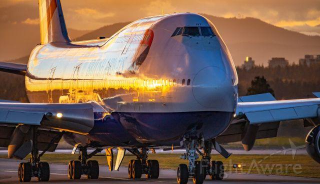 Boeing 747-400 (G-CIVT) - British Airways Boeing 747-436 sunset arrival at YVR from LHR