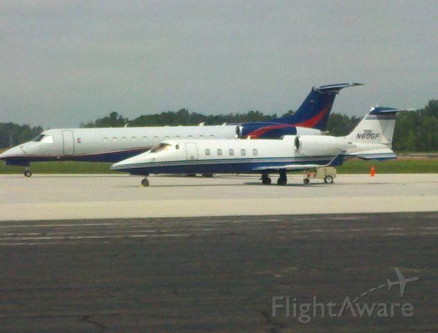 Learjet 60 (N60GF)