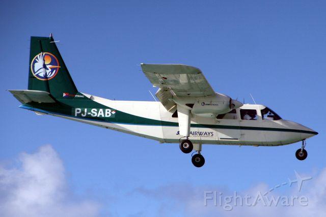 ROMAERO Islander (PJ-SAB) - On final approach for rwy 10 on 15-Nov-19.