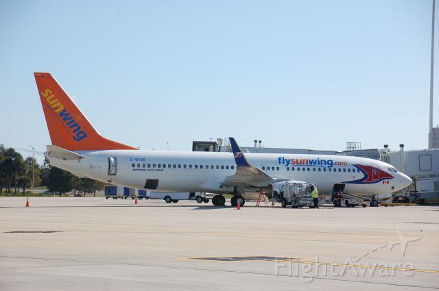 Boeing 737-800 (C-GTVG)
