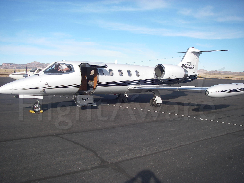 Learjet 35 (N604GS)