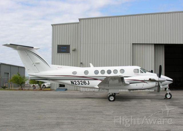 Beechcraft Super King Air 200 (N2326J)