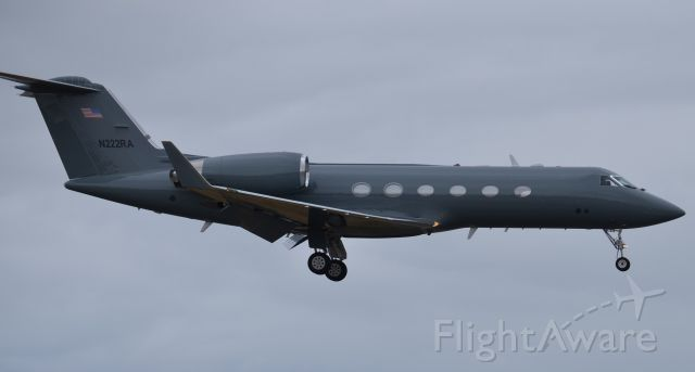 Gulfstream Aerospace Gulfstream IV (N222RA) - N222RA on short final  to runway 20R at SNA. I had a few previous pictures of this one sitting on the Signature ramp at SNA, however there was always a wingtip or baggage cart in the way and the shots didnt look that great, but I was lucky enough to be standing here at the right time when it came in and I was able to get a clear shot of it.