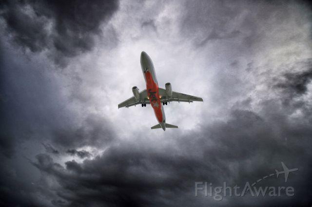 Airbus A320 (VH-VQJ)