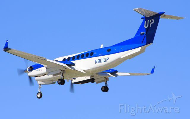 Beechcraft Super King Air 300 (N801UP)