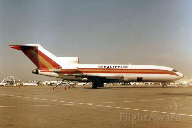 Boeing 727-100 (N152FN) - Seen here in Mar-88.  Reregistered OO-DHQ 15-Sep-92 then YV-846C for Vensecar Internacional.