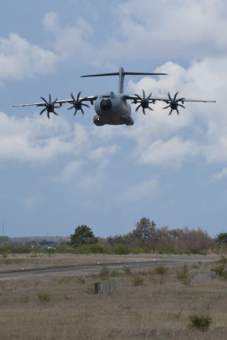 — — - Colmar AB during combined exercices APR2019 Lowpass in progress A400Mbr /Alsace France