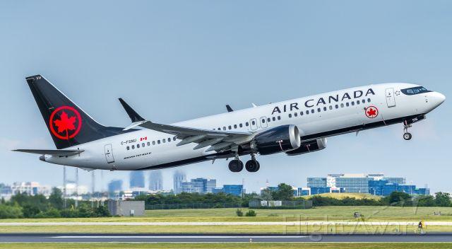 Boeing 737 MAX 8 (C-FSNU) - Off to Calgary