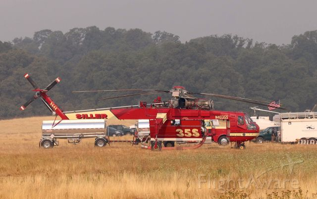 Sikorsky CH-54 Tarhe (N4035S) - Shasta Lake,CA LZ - Siller Helicopters S-64E getting ready to wind up and depart for the new Gorge Fire started 8/19/2018 about 9:00AM.west of Red Bluff, CA off Hwy 36. I shot video and added that to my YT page under Siller N4035S. This one cool Helicopter to watch take off. The sound is very cool. click full.