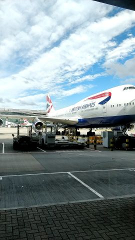 Boeing 747-400 (G-CIVA) - Unloading at Heathrow