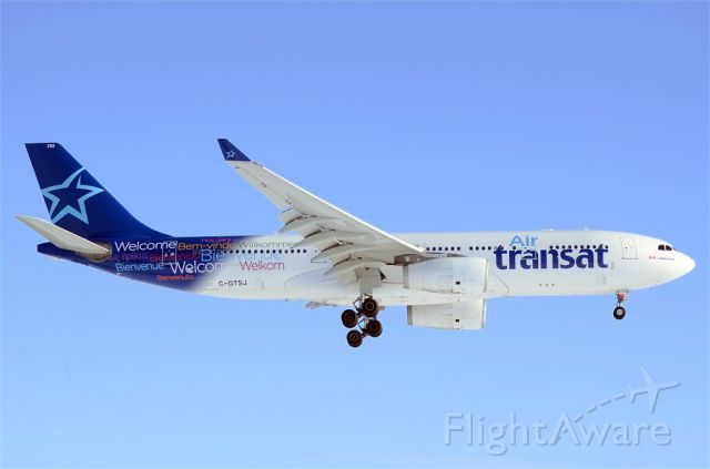 Airbus A330-200 (C-GTSJ) - Runway 24R