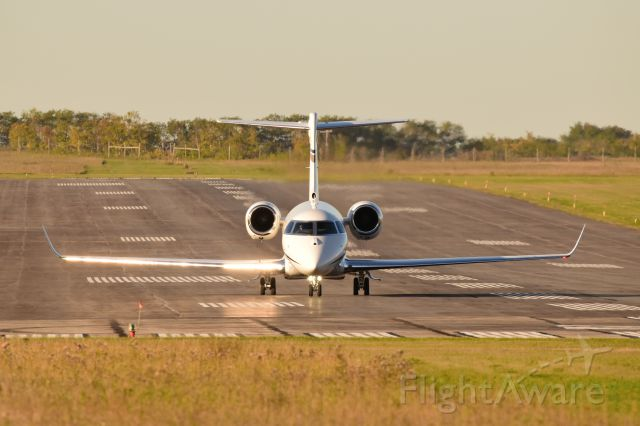 IAI Gulfstream G280 (C-FZCV) - IAI Gulfstream taxiing to the end of Runway 22 for departure.