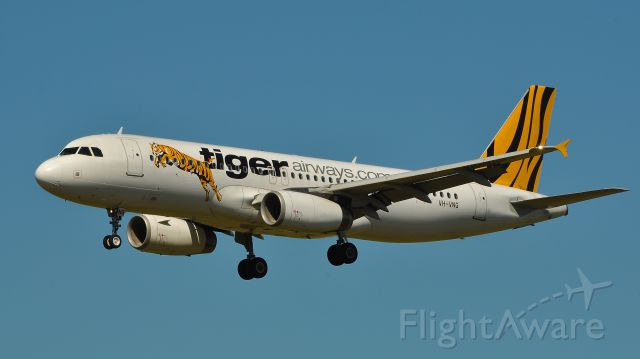 Airbus A320 (VH-VNG) - Tiger Airways VH-VNG flight TT581 from Sydney to Melbourne Airport landing RWY 34. 19/10/2011