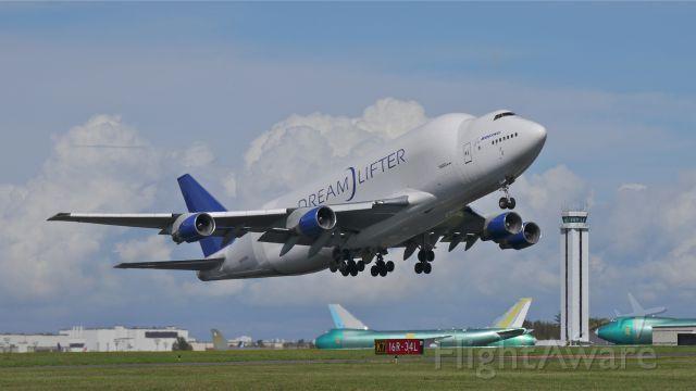 Boeing 747-400 (N780BA) - GTI4532 climbs from Rwy 16R for a flight to KCHS on 9.21.13. (LN:778 cn 24310).