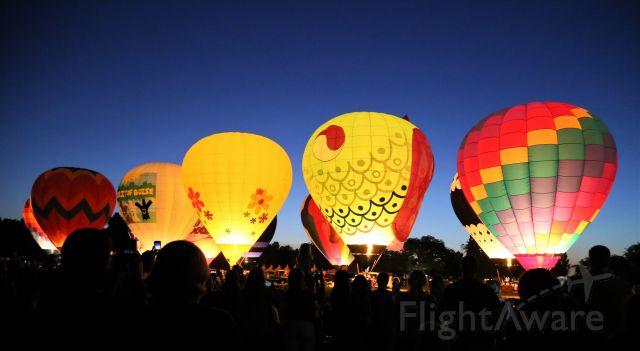 Unknown/Generic Balloon (N9882) - 30 Aug 19 - Boise Balloon Glow, Boise, ID