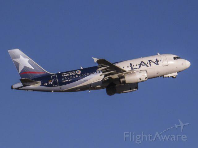 Airbus A319 (HC-CPY)