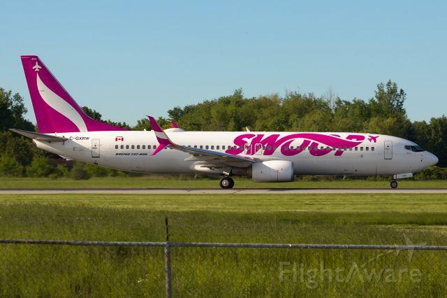 Boeing 737-800 (C-GXRW) - A 737 named Bob