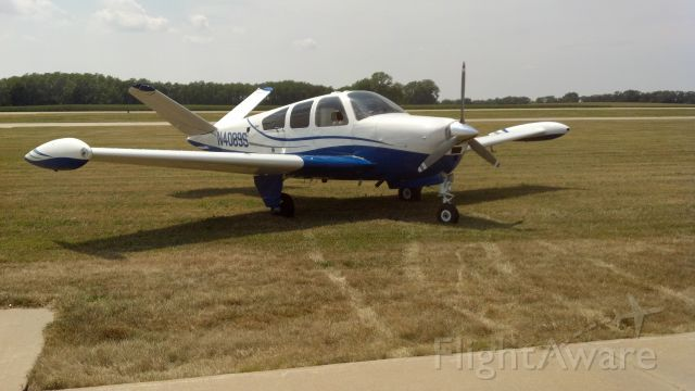 Beechcraft 35 Bonanza (N4089S)