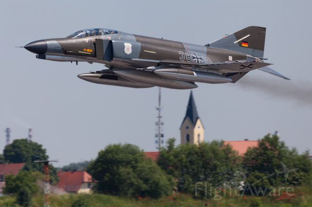 McDonnell Douglas F-4 Phantom 2 (GAF3810)