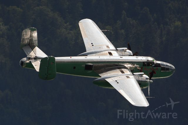 North American TB-25 Mitchell (N6123C) - Overflight at Wolfgangsee