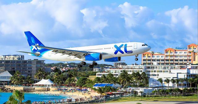 Airbus A330-300 (F-GSEU) - XL air landing at TNCM St Maarten.