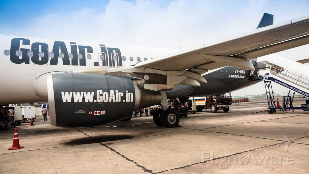 Airbus A320 (VT-WAN) - GoAir VT-WAN parked at IGI