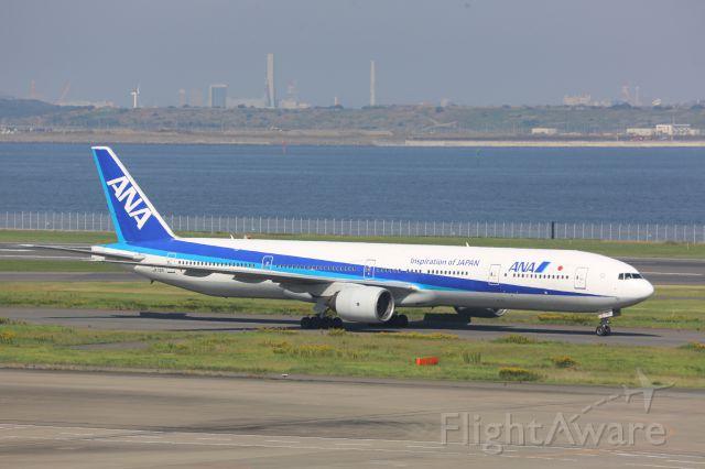 Boeing 777-200 (JA751A)