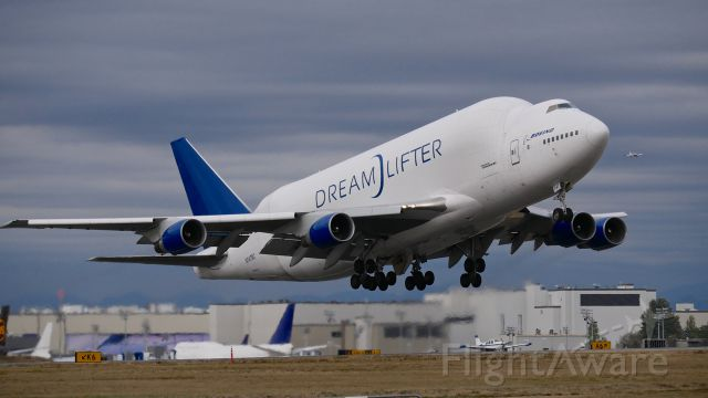 Boeing Dreamlifter (N747BC) - GTI4542 on rotation from Rwy 16R to begin a flight to KIAB on 10.6.17. (ln 904 / cn 25879).