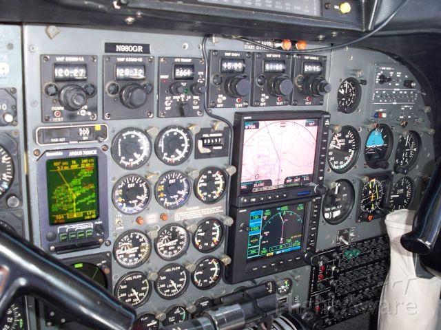 N980GR — - avionics pack 21 century