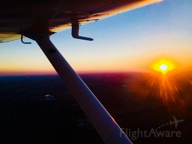 Cessna 152 (LV-CJA) - Sunset Flight in Buenos Aires