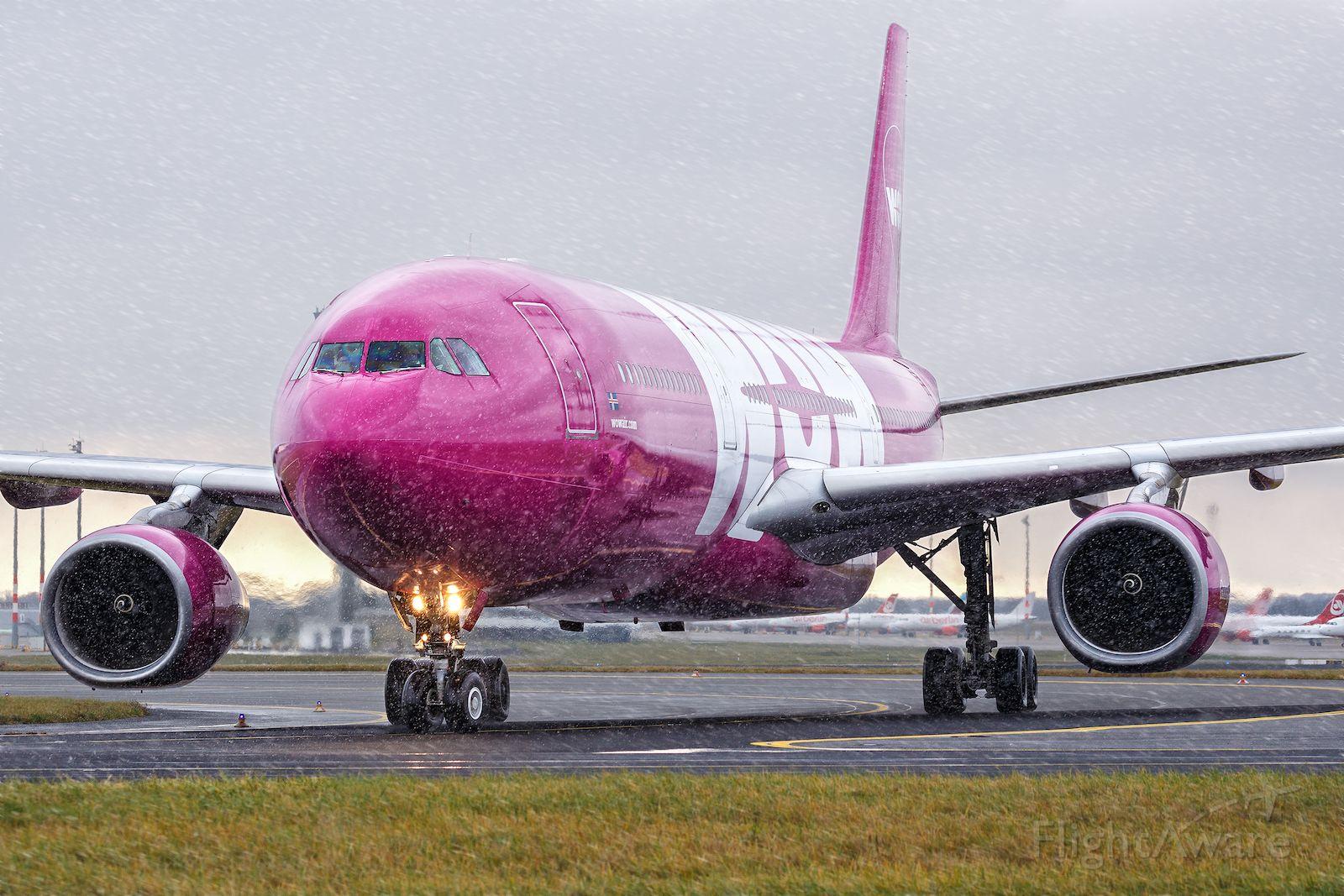 Airbus A330-300 (TF-GAY)