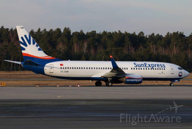 Boeing 737-800 (TC-SUM)