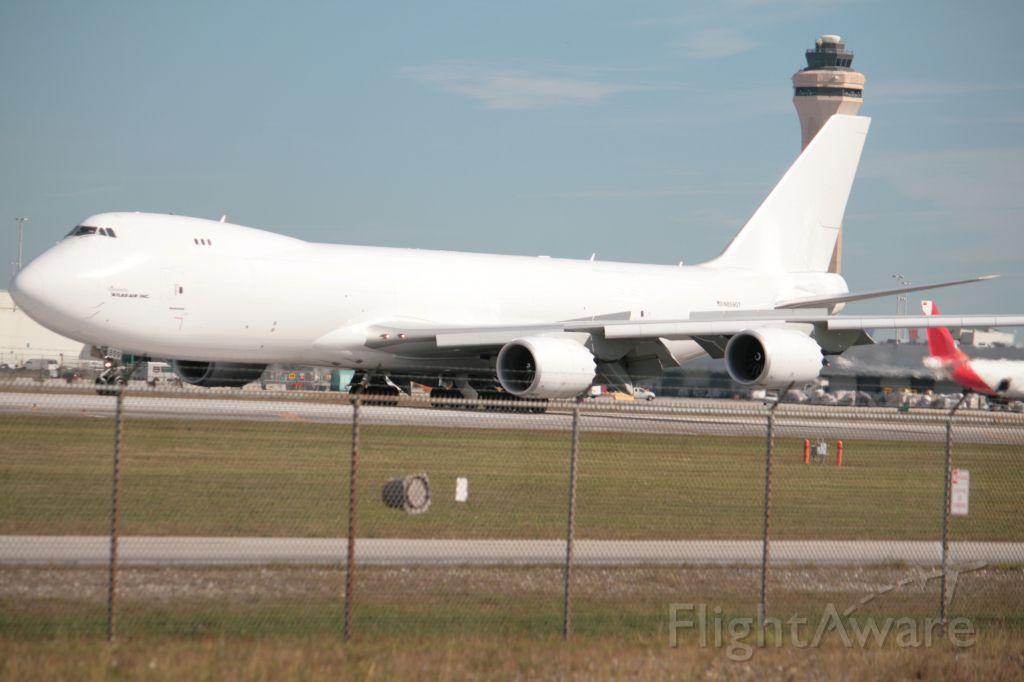 BOEING 747-8 (N859GT)