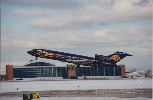 Boeing 727-100 (N772AT)