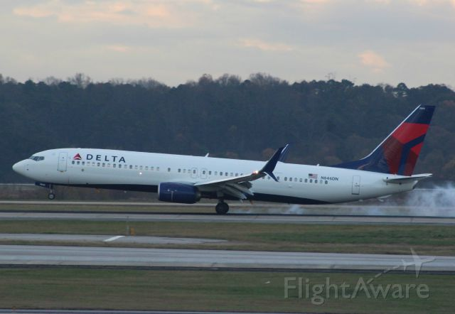 Boeing 737-900 (N846DN) - First for Flightaware and only 2 months old!