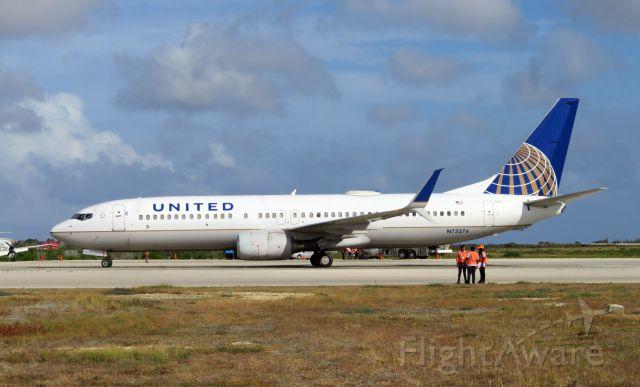 Boeing 737-800 (N73276) - UAL1422/UAL1420 KEWR-TNCB-KEWR B738 0276/N73276