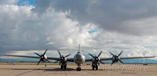 Boeing B-29 Superfortress (NX529B) - I couldnt believe a got a full front on view of this beautiful aircraft. Thank you to the pilots of Fifi that morning.