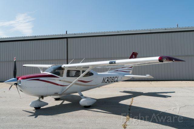 CESSNA T182 Turbo Skylane (N308CL) - West T