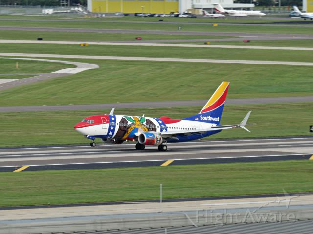 Boeing 737-700 (N280WN) - The Southwest Missouri plane takes off from Tampa.